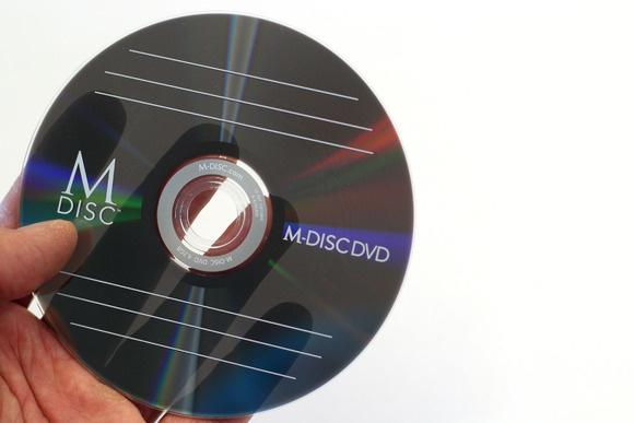 Gravure de vos films sur DVD résistant au temps, les M-DISC